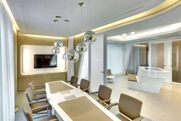 Райффайзен Банк в Цюрихе похож на необычный отель