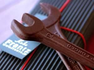 Шоколадные инструменты для мужчин