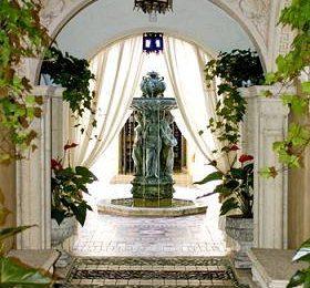 Дом, который обустроил Джанни Версаче