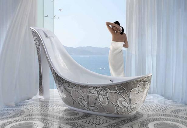 Необычная ванна в форме туфли