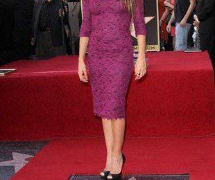 Пенелопа Крус в платье L'Wren Scott