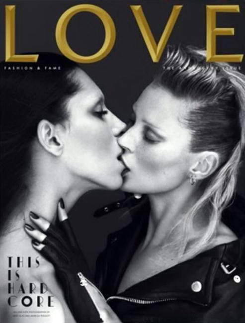 Девушки целуются на обложке Love
