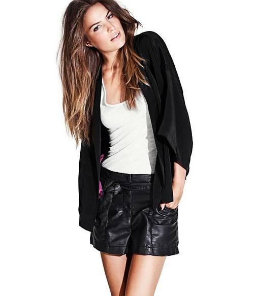 Короткая черная юбка от H&M