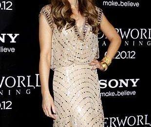 Кейт Бекинсейл в платье Дженни Пэкхэм