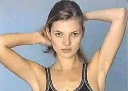Кейт Мосс в начале карьеры в 1996 году! (Видео)