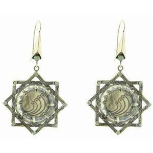 Коллекция ювелирных украшений от сестер Кардашян