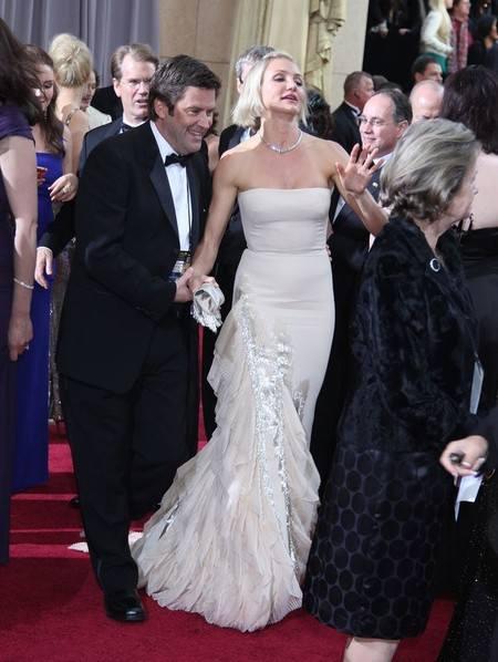 Кэмерон Диаз в сливочном платье Gucci