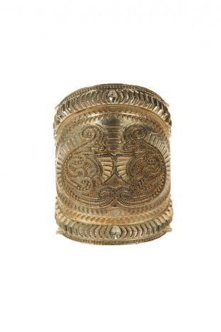 Сумки и бижутерия из коллекции Balmain