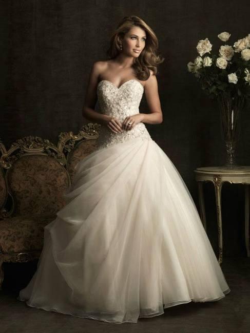 Что предлагают свадебные салоны в этом сезоне