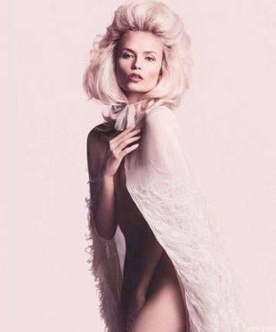 Наташа Поли стала лицом духов Givenchy