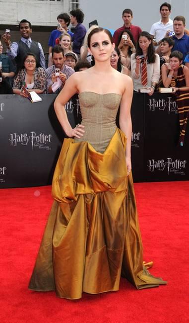 Эмма Уотсон в платье Bottega Veneta