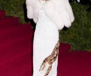 Анна Винтур в платье с омаром
