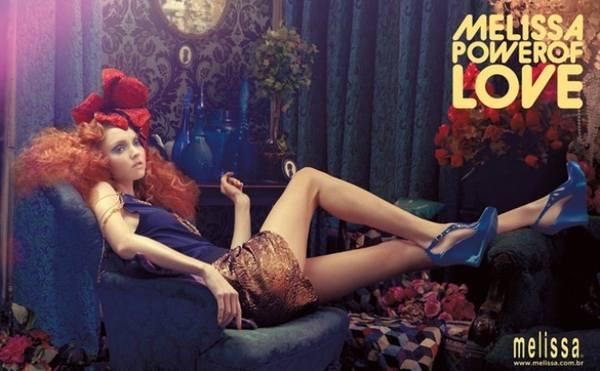 Лили Коул новое лицо бренда Melissa