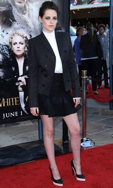 Кристен Стюарт в октябрьском номере Vogue UK