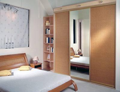 Преимущества встроенной мебели для спальни
