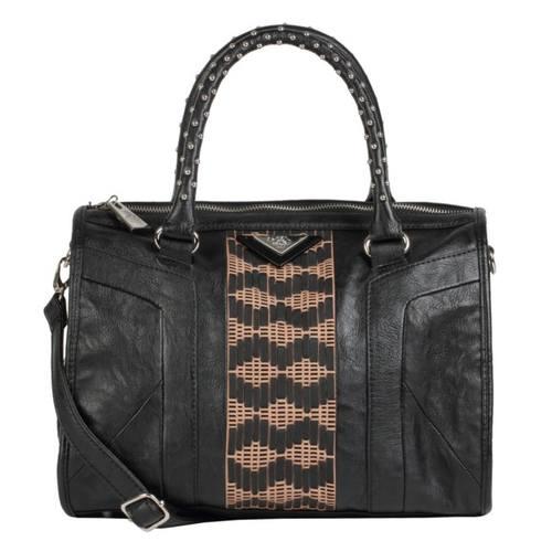 Большой ассортимент сумок от Миши Бартон на зиму 2013