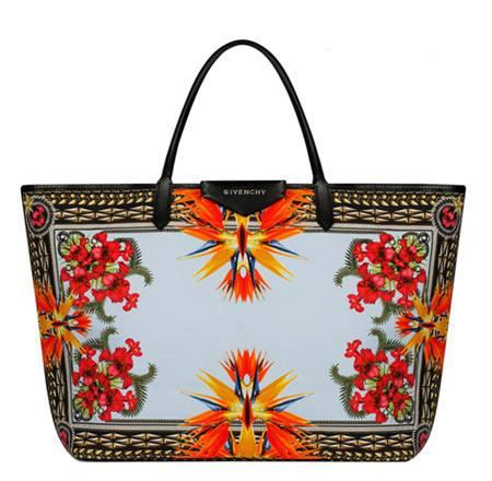 Сказочная коллекция сумок от Givenchy