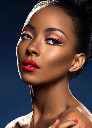 Sleek MakeUp в ритме Motown Records