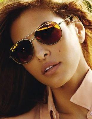 Ева Мендес в кампании Vogue Eyewear