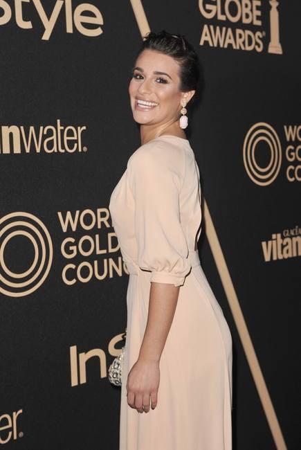 Лиа Мишель в платье от Valentino