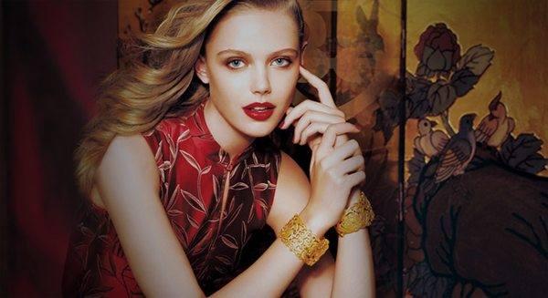 Малгосия Бела стала лицом ювелирной кампании