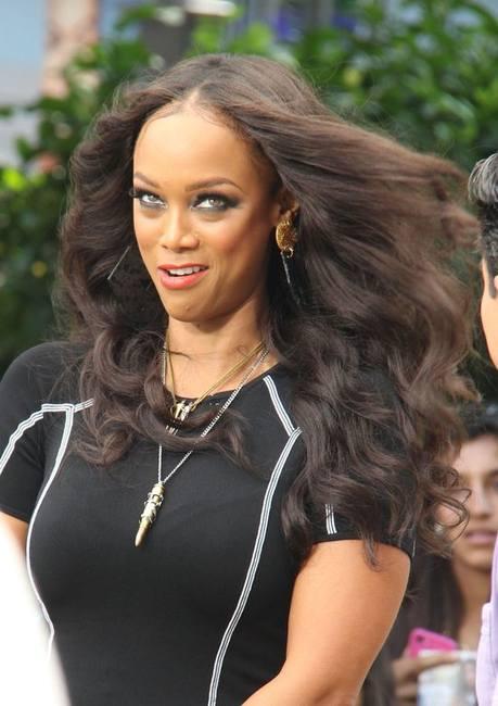 Знаменитости любят наращивание волос