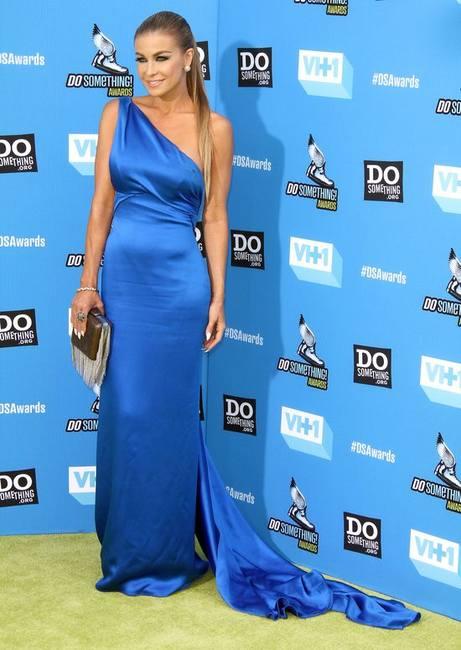 Вечерние платья на Do Something Awards 2013