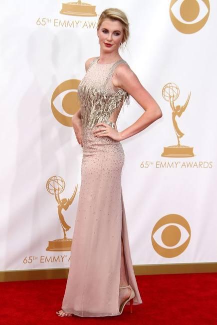 Креации звезд на награждении Emmy Awards