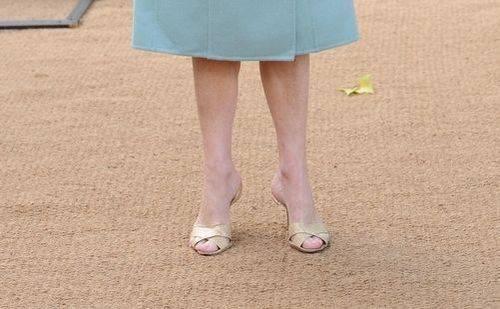 Анна Винтур одержим парой сандалий