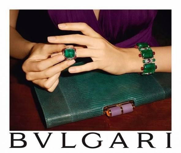 Часы и украшения Bulgari в кампании осень-зима 2014