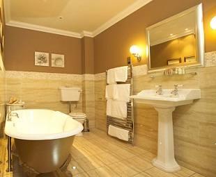 Достоинства и недостатки  реконструированной ванной комнаты