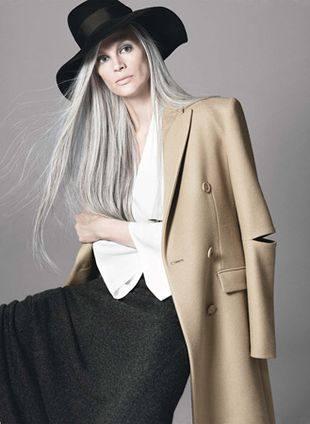 Натуральные седые волосы в моде