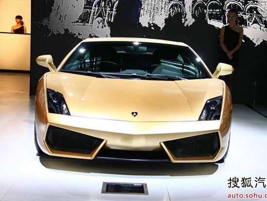 Lamborghini Gallardo в золотом исполнении