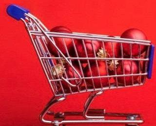 Безумие в маркетах во время Рождественских распродаж