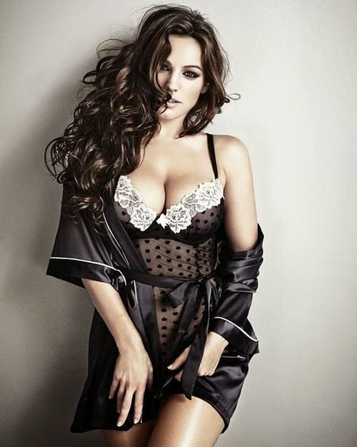 Сексуальная Келли Брук в нижнем белье кампании New Look
