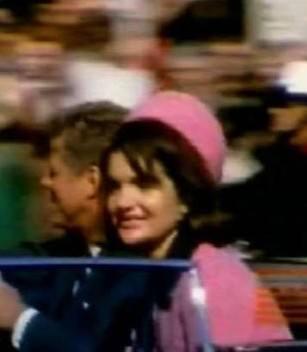 Кровавая история розового костюма Жаклин Кеннеди