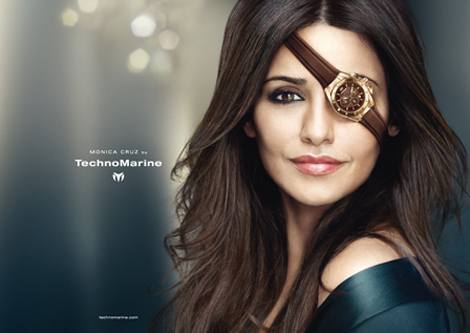 Моника Крус лицо часового бренда TechnoMarine