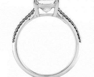 Обручальное кольцо на удачу