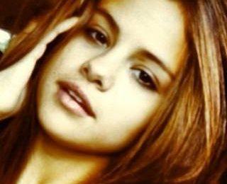 Естественная красота Селены Гомес