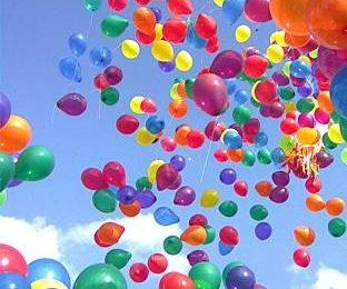 Украшаем праздник гелевыми шариками