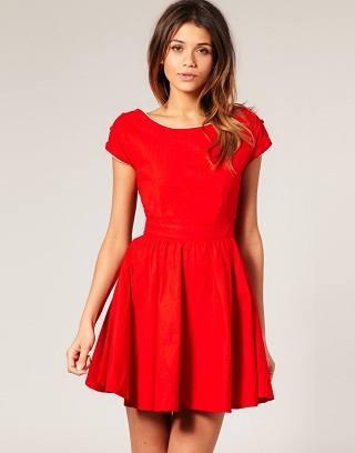 Мода и красное платье