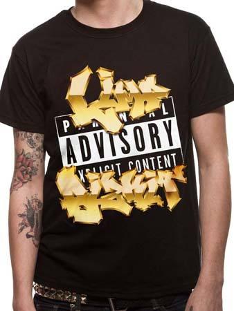 Вечный хит — мужская футболка с надписью