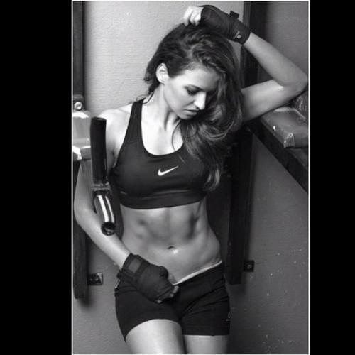 Анна Левандовская - новое лицо Nike в Польше