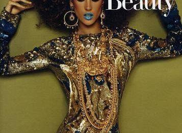 Алессандра Амбросио на обложке Vogue Япония
