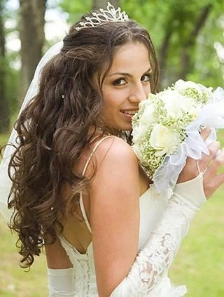Причёски на свадьбу создадут образ невесты