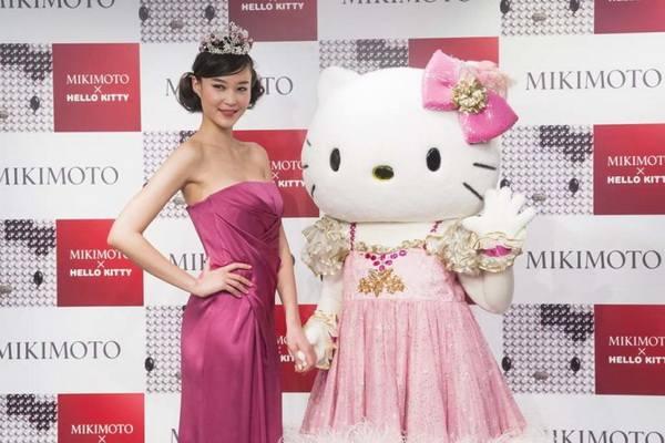 Роскошь на 40-й день рождения бренда Hello Kitty