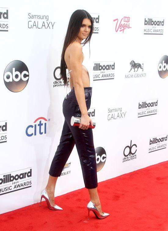 Сестры Дженнер на награждении Billboard