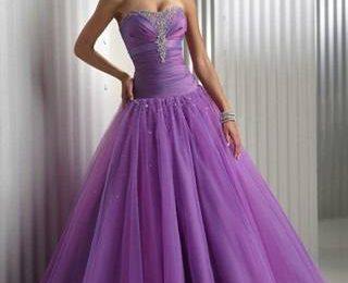 Последние тенденции моды на вечерние платья