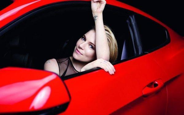 Сиенна Миллер в кампании Ford Mustang
