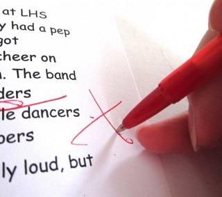 Использование красной ручки портит отношения?